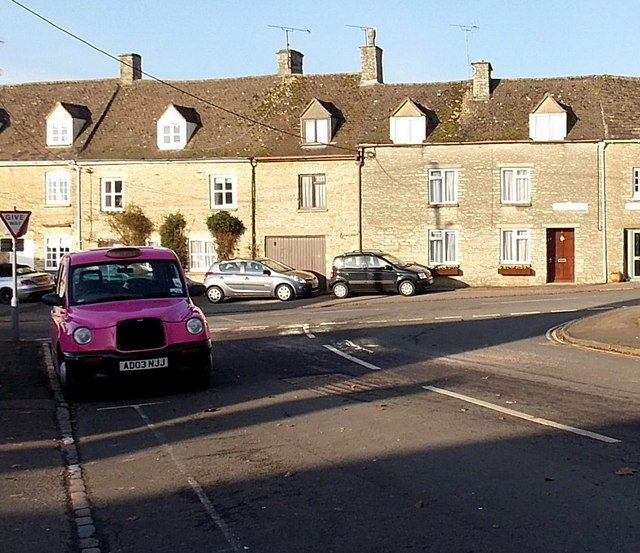 Pink taxi in Tetbury