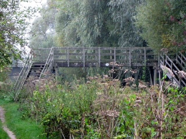Replacement footbridge and Picketfield railway bridge
