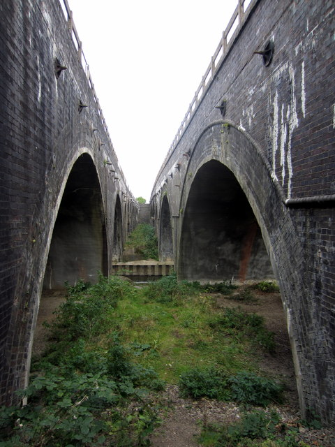 Pair of railway bridges go over the Great Ouse