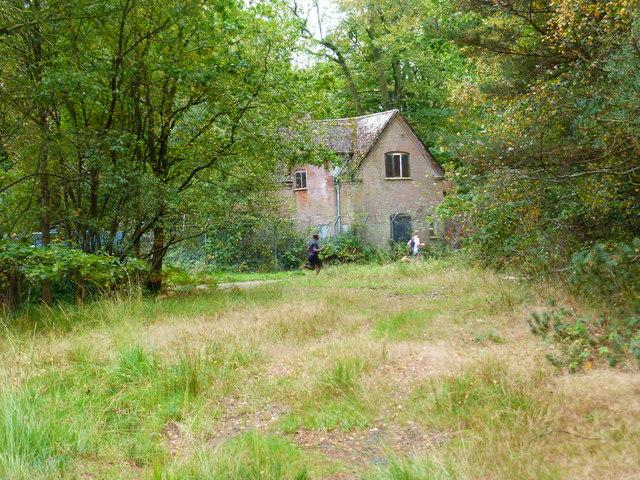Blackwater Lodge on Yately Common