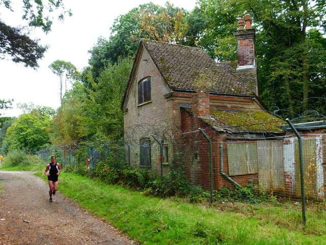 A runner from the barracks passes Blackwater Lodge