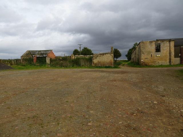 Derelict farm buildings at Hutton Hill