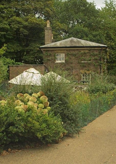 Garden shop, Kenwood House