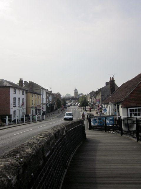 Hungerford High Street from the canal Bridge