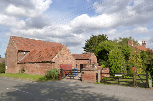 Cross Street Barn and Cottage