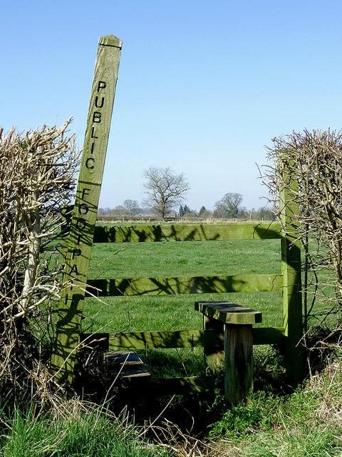 Public footpath towards Hartlebury, Shropshire