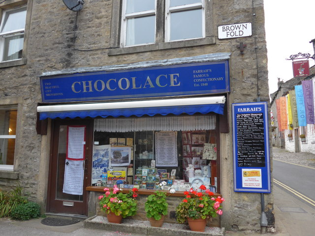 Chocolace, Brown Fold