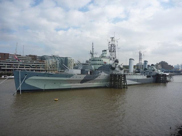 London Cityscape : HMS Belfast