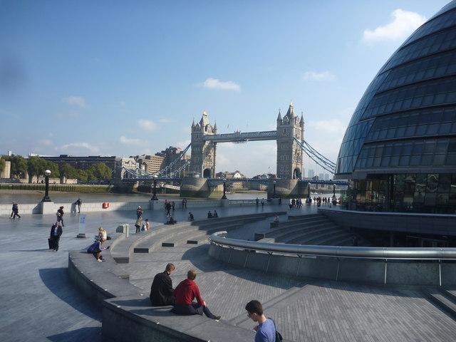 London Cityscape : Public Space