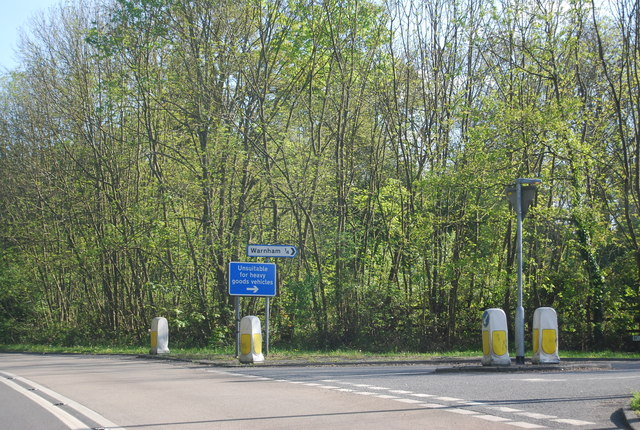 Bell Rd off the A24