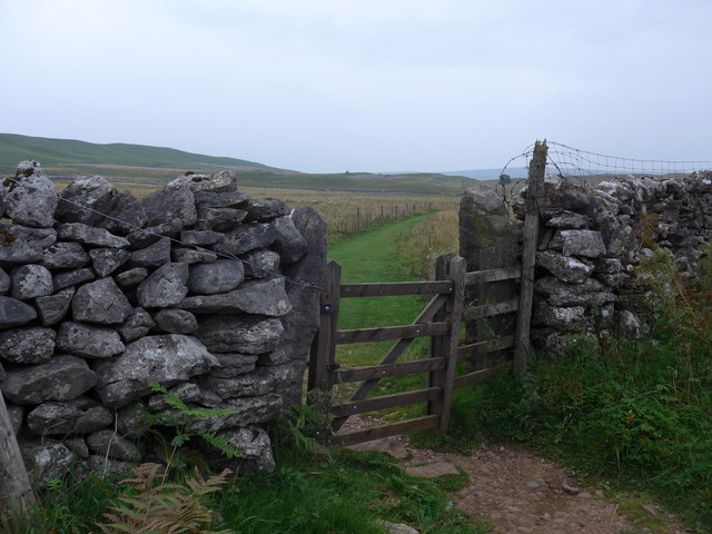 Dales Way trek from Bolton Abbey to Pinder Stile (216)
