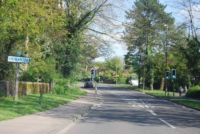 Entering Horsham, A281