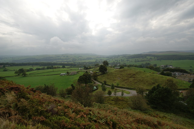 The hamlet of Storiths from Storiths Crag and part of Wharfedale