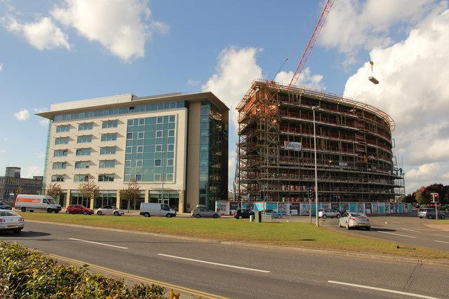 Apartments Near Gateway Mall