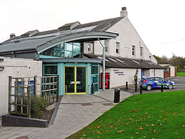 Cockermouth Leisure Centre Rose And Trev Clough Cc By Sa 2 0 Geograph Britain And Ireland