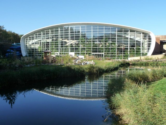 The Swimming Pool At Center Parcs 39 Christine Johnstone Cc By Sa 2 0 Geograph Britain And
