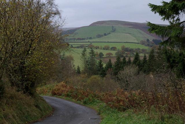 Lane corner near Bwlchciliau