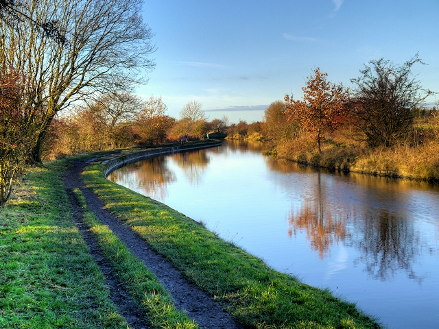 Leeds and Liverpool Canal Towpath