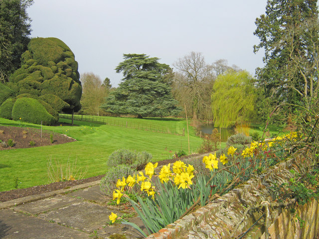 Gardens at Old Colwall House