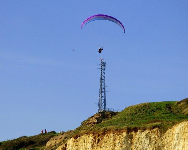 Paragliding at Newhaven Harbour