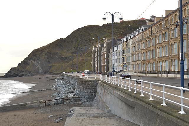 Marine terrace aberystwyth nigel brown cc by sa 2 0 for 6 marine terrace