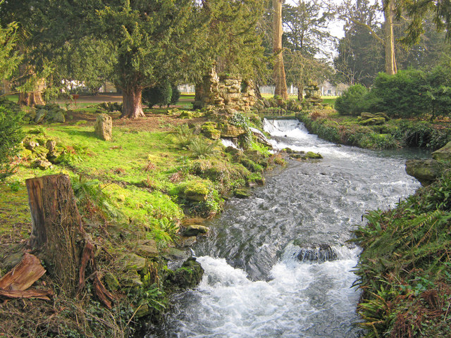 Weir and Cascade at Belton House