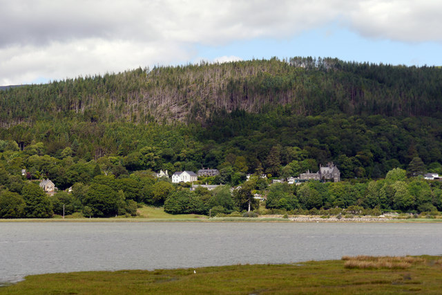 View across the Afon Mawddach to Bontddu and Bryntirion Wood