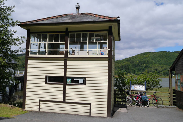 Disused signal box at Penmaenpool