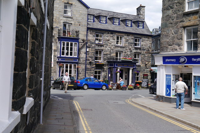 Boots Pharmacy and the Royal Ship Hotel, Dolgellau town centre
