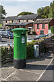 R4560 : Edwardian post box and the Creamery Bar by Ian Capper