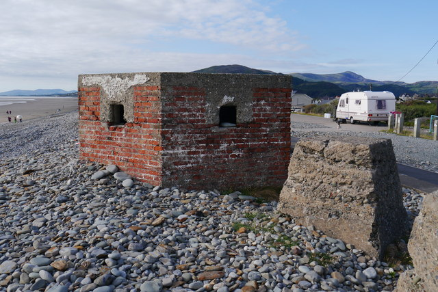 Type 24 pillbox on the beach at Fairbourne