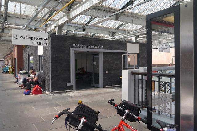 Waiting room at Shrewsbury railway station
