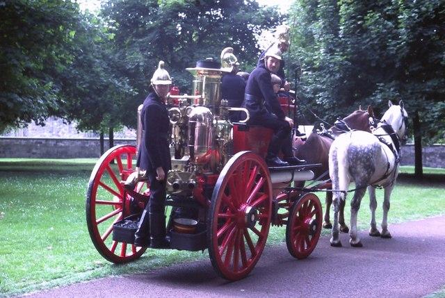 Vintage fire engine, Queen's Park (1982)