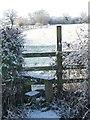 SJ4363 : Public footpath to Churton Hayes Farm by Christine Johnstone