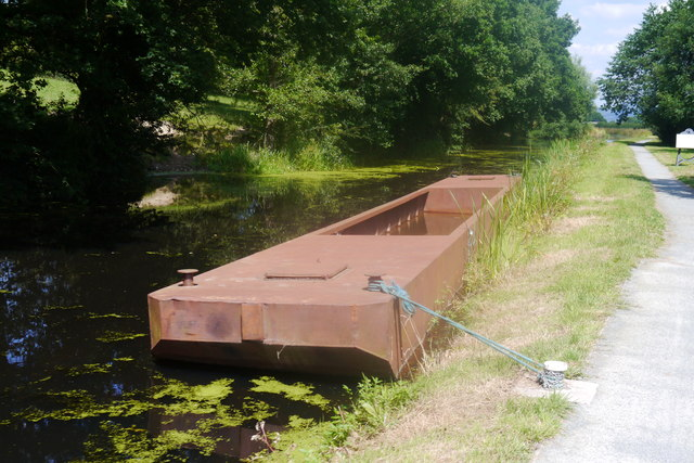Barge moored below Belan Bottom Lock, Montgomery Canal