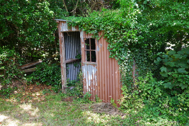 Corrugated iron cabin by the Montgomery Canal at Garthmyl