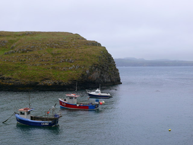 Cychod pysgota, Abercastell / Fishing boats, Abercastle