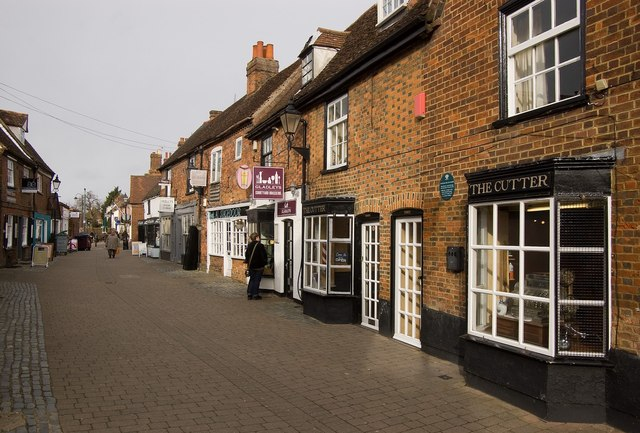 Middle Row Stevenage Old Town Julian Osley Cc By Sa 2 0