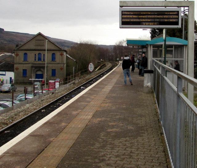 In Abercynon Rhondda Cynon Taf: Waiting For The Train At Aberdare... © Jaggery Cc-by-sa/2
