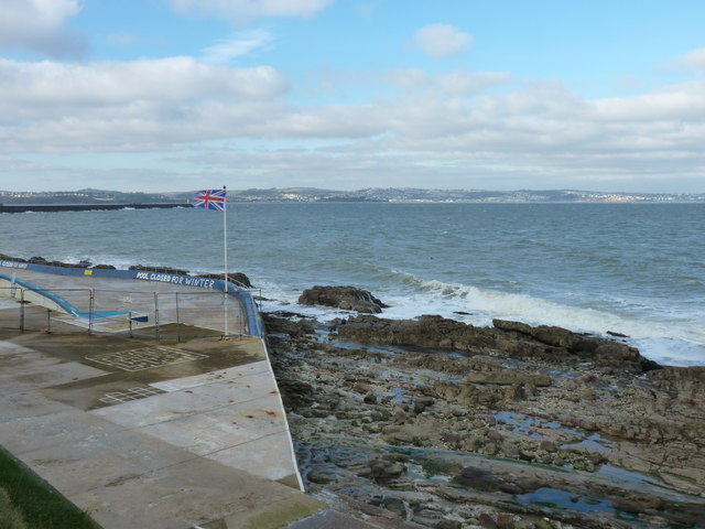 The outdoor pool at Shoalstone Beach - closed for winter
