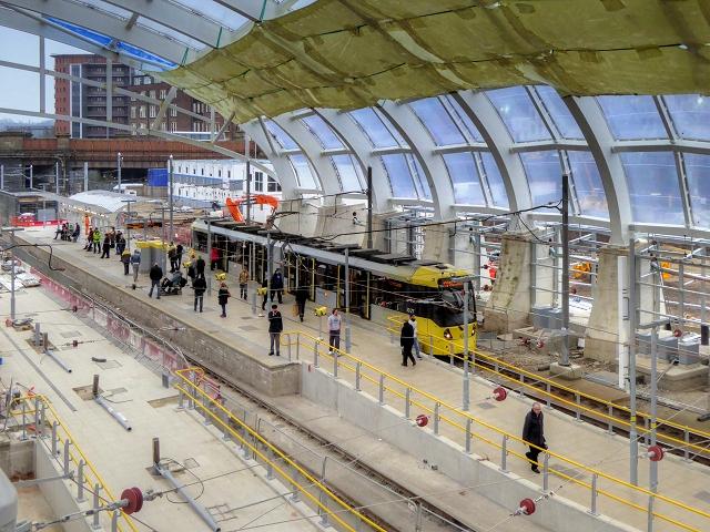 New Metrolink Platforms At Victoria... U00a9 David Dixon Cc-by-sa/2.0  Geograph Britain And Ireland