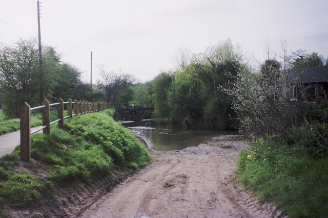 Standon Ford, Paper Mill Lane