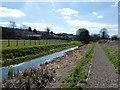 SP8911 : Looking along the Wendover Arm to Bucklandwharf by Rob Farrow