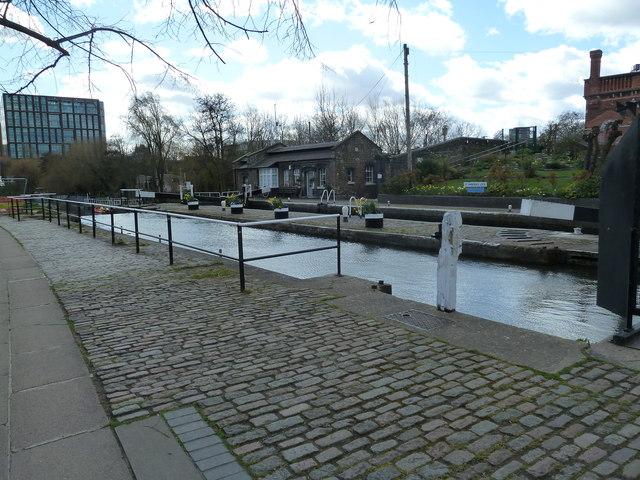 Lock 4, Regents Canal - St. Pancras Lock