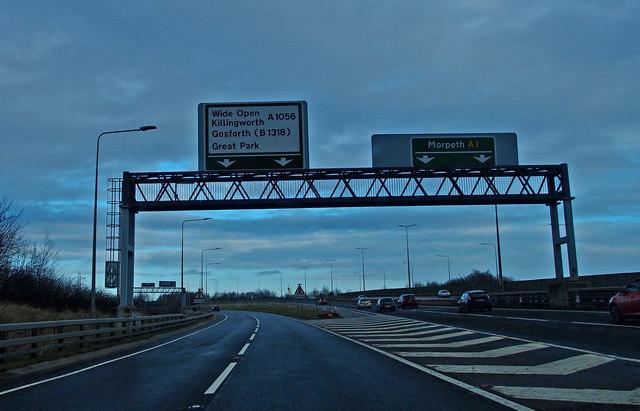 Leaving the A1 near  Killingworth