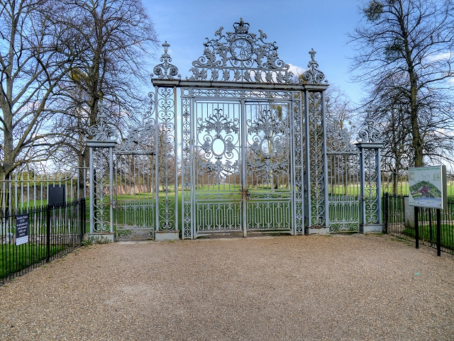 Gate From Hampton Court East Front Garden Into Home Park
