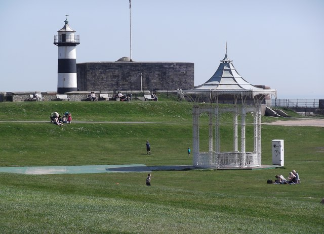 Southsea: Castle, lighthouse and bandstand