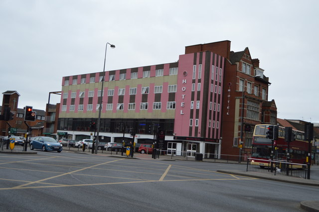 Gilson Hotel Hull Number