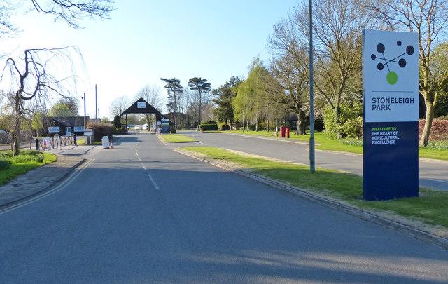 Main entrance to Stoneleigh Park
