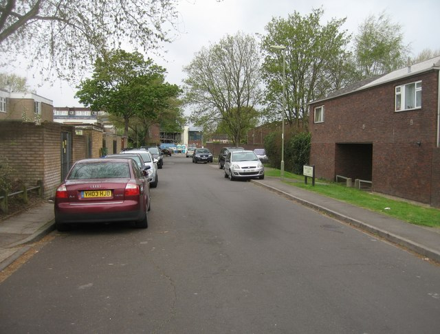 View along Bracklesham Close